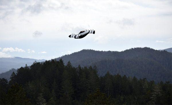 BlackFly: een vliegende auto die verticaal opstijgt en landt