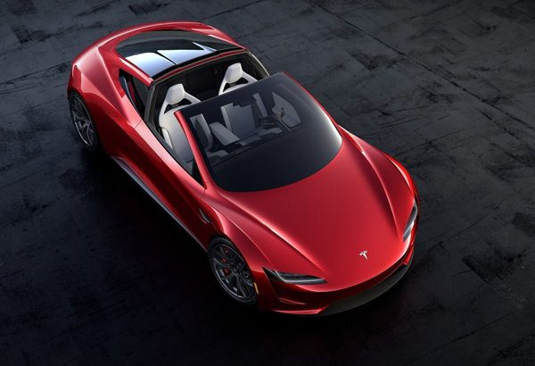 Jay Leno probeert de nieuwe Tesla Roadster uit