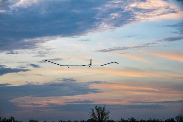 Onbemande drone op zonne-energie blijft 25 dagen in de lucht