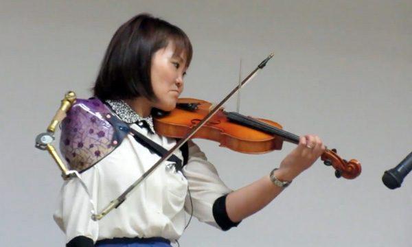 Met een armprothese kun je uitstekende vioolsolo's spelen