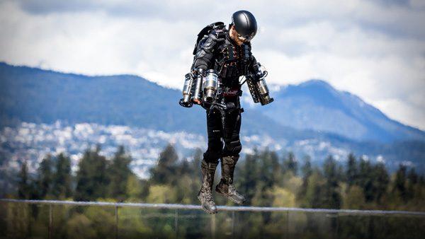 Gravity: een jet suit met krachtige straalmotoren