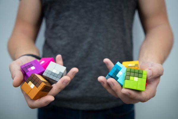 Met de magnetische PIXL-blokjes maak je gedetailleerde bouwsels