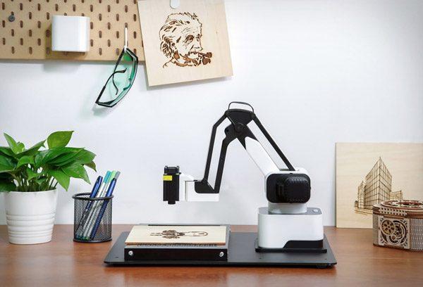 Hexbot: een robotarm voor op je bureau