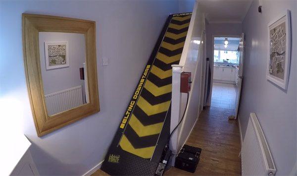 Colin Furze heeft zijn trap omgebouwd tot loopband