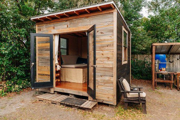 Dit kleine huisje is te bouwen voor 1.500 dollar