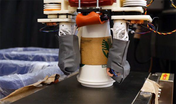 Deze robot sorteert afval als een professional