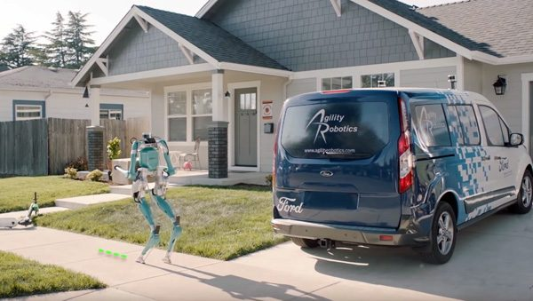 Deze zelfrijdende auto van Ford beschikt tevens over een robot-bezorger