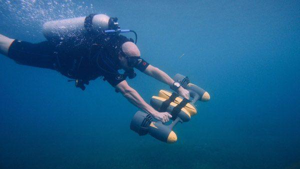 MagicJet: een elektrisch hulpstuk voor duikers en snorkelaars