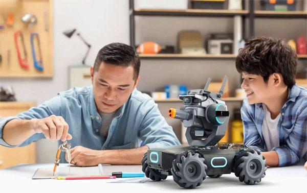 Met de RoboMaster wil DJI ook de grond veroveren