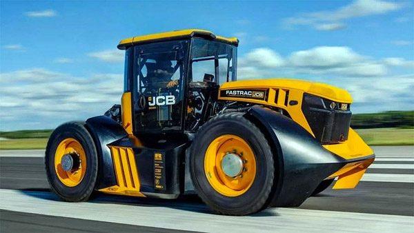 De snelste tractor ter wereld heeft een bizarre topsnelheid