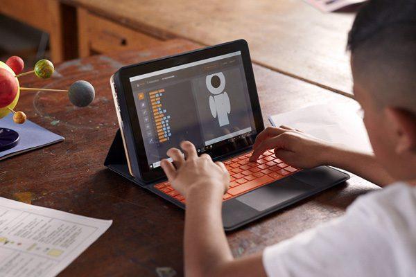 Deze computer voor kinderen moeten ze eerst zelf in elkaar zetten