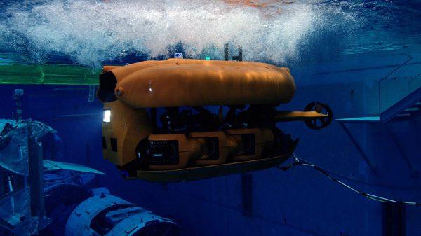 Aquanaut: een robot die transformeert in een onderzeeër