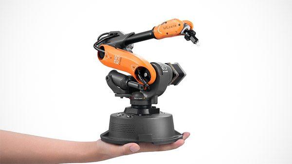 Mirobot: een kleine robotarm voor op je bureau