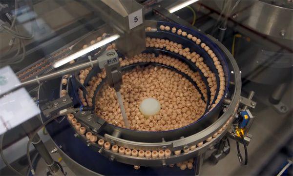 Een kijkje in de fabriek van de LEGO minifiguren