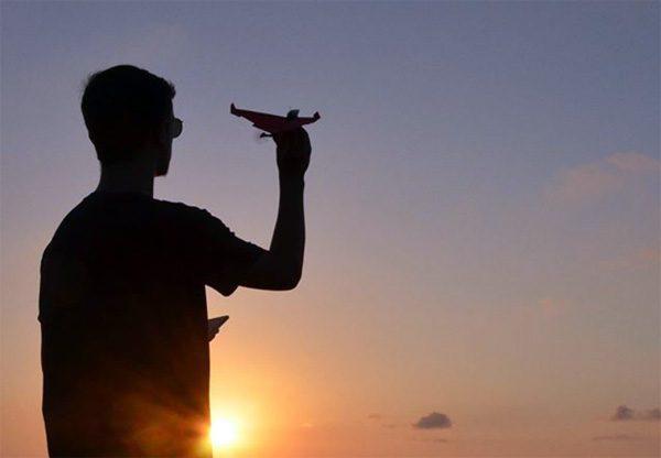 PowerUp 4.0 laat papieren vliegtuigjes autonoom vliegen