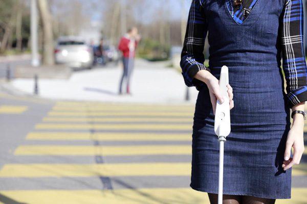 WeWalk: de slimme stok voor blinden en slechtzienden