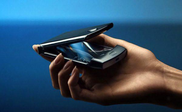 De opklapbare Motorola Razr is een ode aan vroeger