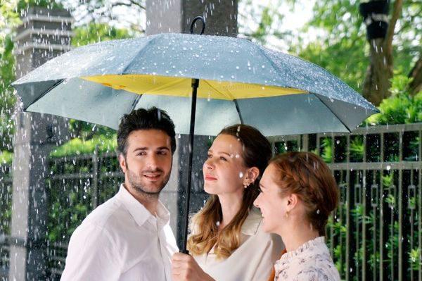 YESbrella: de omgekeerde paraplu
