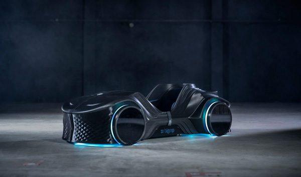 Dit elektrische autootje is vrijwel volledig gemaakt met een 3D-printer