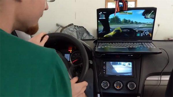Verander je auto via de OBD-poort in een racesimulator
