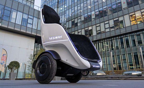 Segway S-Pod: een zelfbalancerende, rijdende stoel