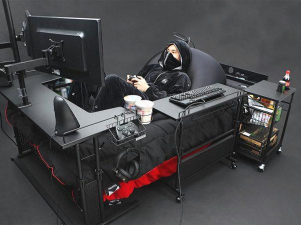 Japanse meubelfabrikant ontwerpt het ultieme bed voor gamers