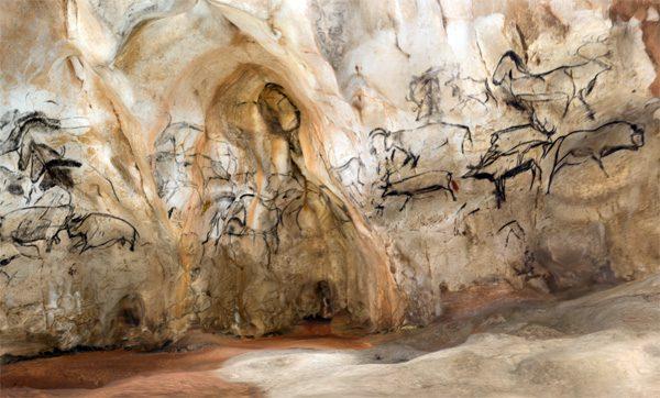 De 36.000 jaar oude grottekeningen van de Grotte Chauvet in AR en VR