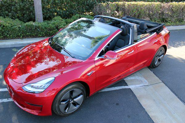 Firma bouwt Tesla Model 3 om tot cabrio's