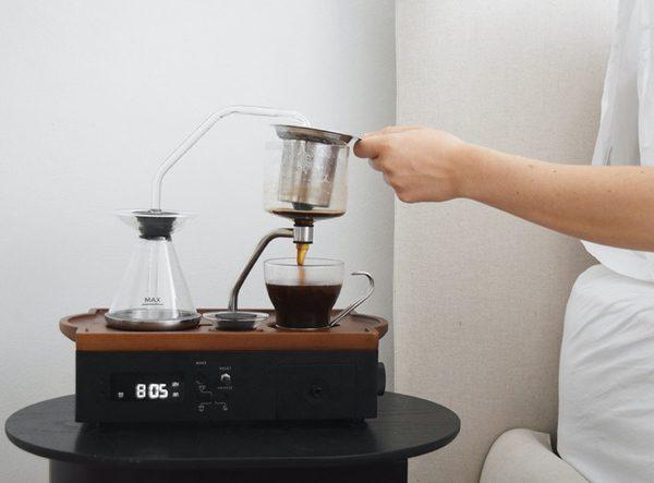 Barisieur: de wekker die koffie zet en je telefoon oplaadt