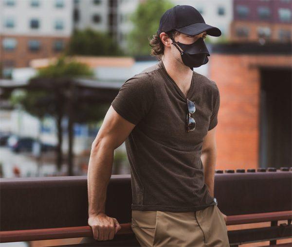 Hide-a-Mask: een mondmasker verstopt in een pet