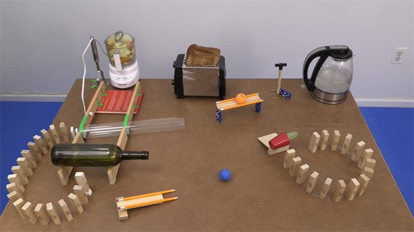 Interessante Rube Goldberg puzzels van Joseph's Machines