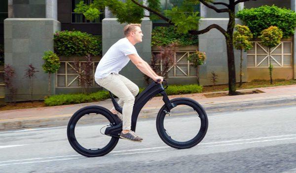 Reevo: een imponerende e-bike met wielen zonder spaken
