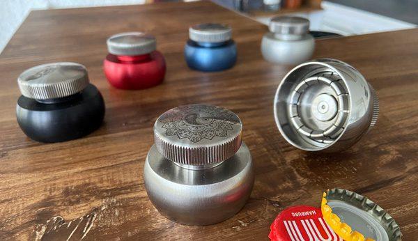 Cap-Extractor maakt hergebruik van kroonkurken mogelijk