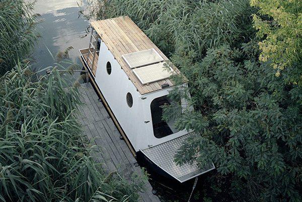 Sneci: een klein maar fijn woonbootje