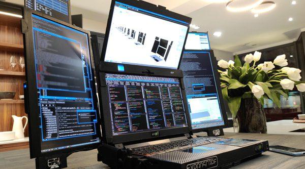 Aurora: een laptop met zeven schermen