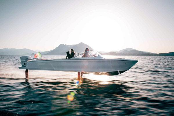 Candela: een elektrische draagvleugelboot om mee over het water te vliegen
